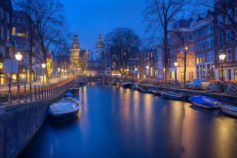 Jordaan District Licensed by pixabay.com photosamsterdam notte canali