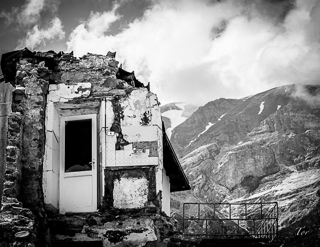 Effetti del Terremoto in Amandola Pht Giuliano Torresi per Mapping Lucia
